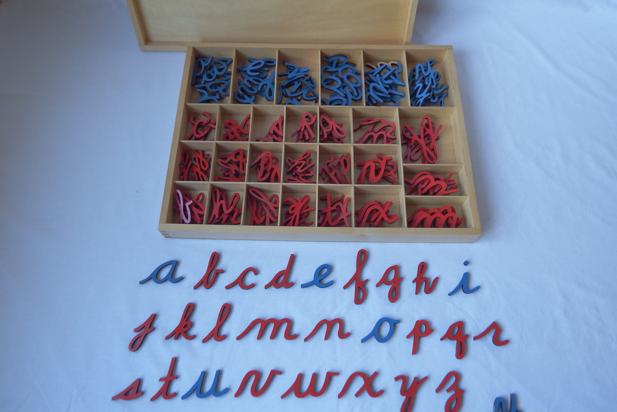 Small Wood Movable Alphabet, Cursive.