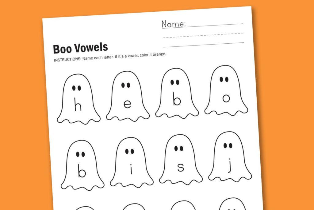 Worksheet Wednesday: Boo Vowels   Vowel Worksheets, Vowel